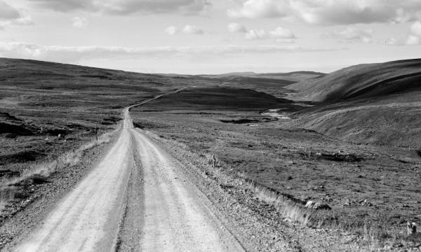 Une route près de Tana, dans le Sápmi norvégien. Années 50